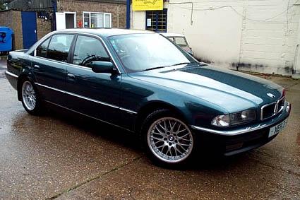 BMW 728i SE